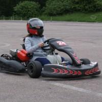 Kalėdinio žaisliuko konkurso trečios vietos laimėtojų pasivažinėjimas kartingais